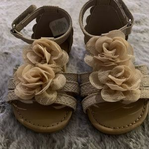 Other - Cream colored toddler sandals with T strap